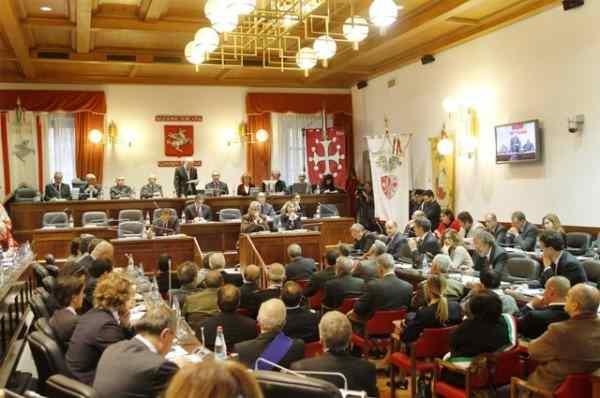 Consiglio regionale: bocciata la mozione a sostegno dell