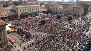 strage di bologna Corteo piazza