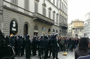 carabinieri-e-studenti