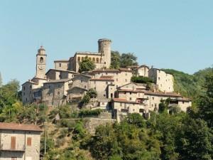 ADSI.Lunigiana.Castello di Bagnone_dettaglio