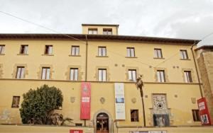 Palazzo del Tau 1 leg