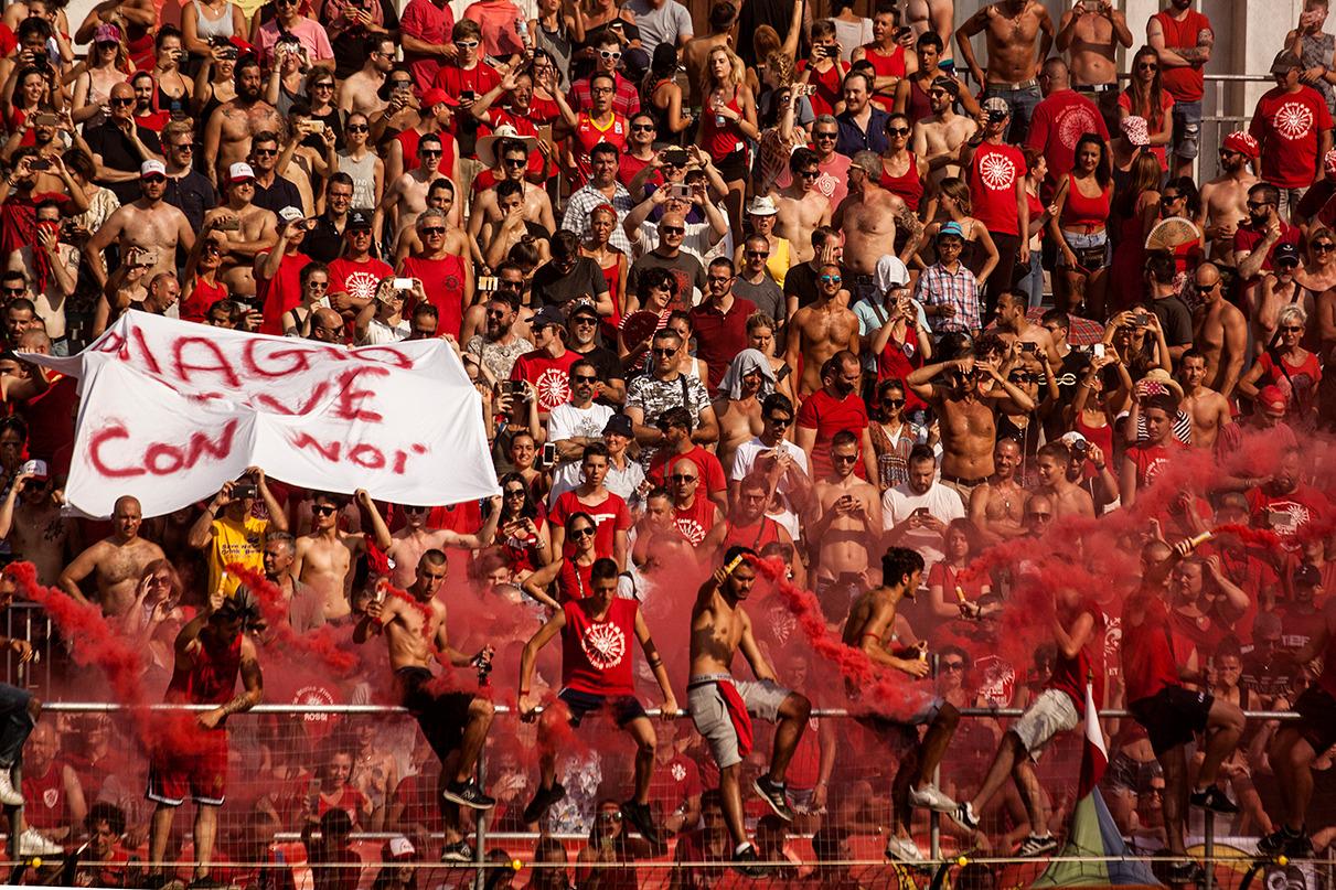 Calcio storico, vincono i Bianchi Che emozioni in piazza Santa Croce