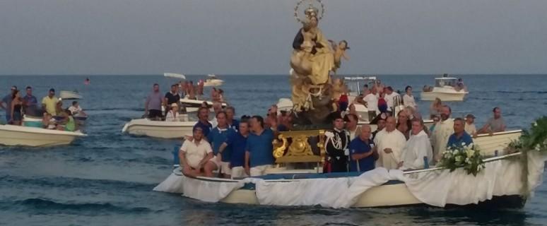 processione sul mare gioiosa ionica