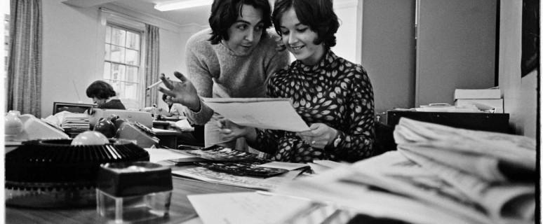 Beatles Hippies_Apple offices Paul McCartney and secretary_credit Tom Hanley