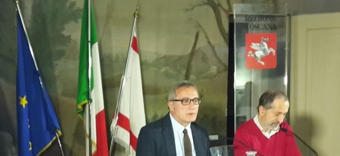 Da destra assessore Vittorio Bugli e direttore di Fondazione Finanza Etica Simone Siliani