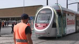 Prove tecniche del nuovo tram alla stazione
