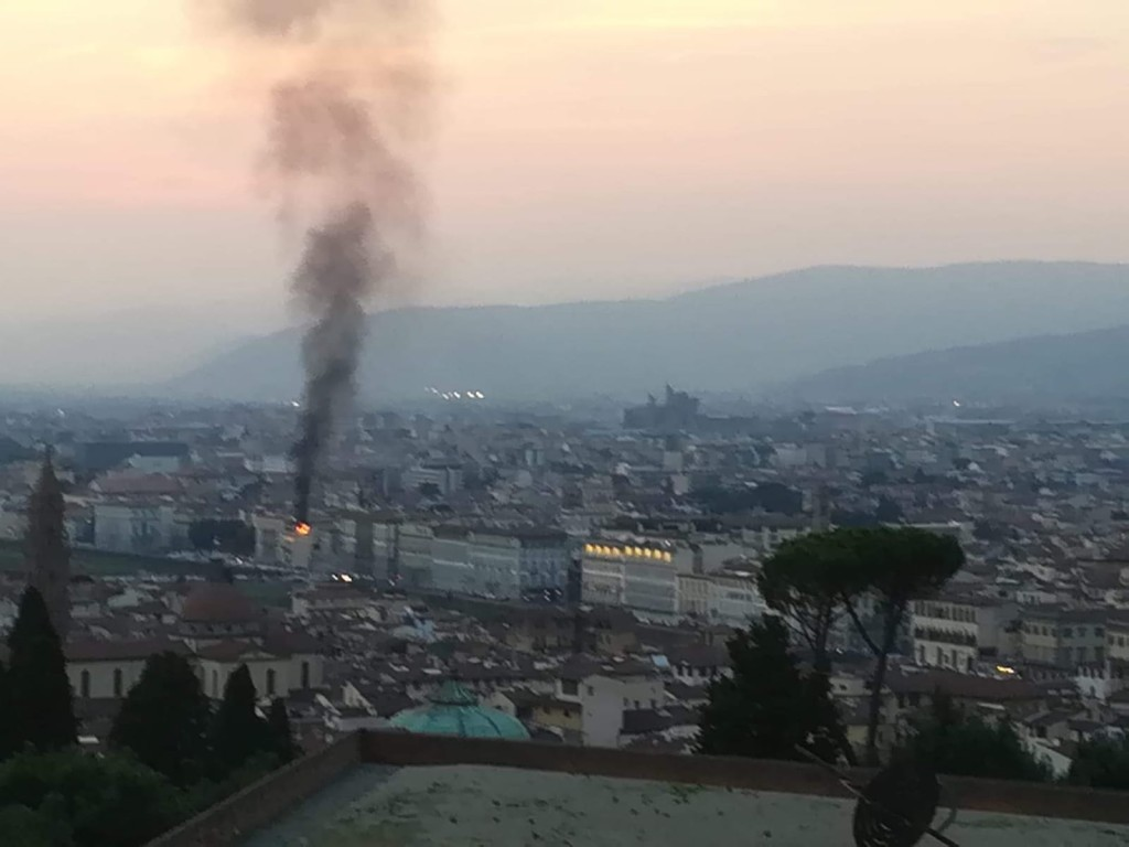 incendio lungarno