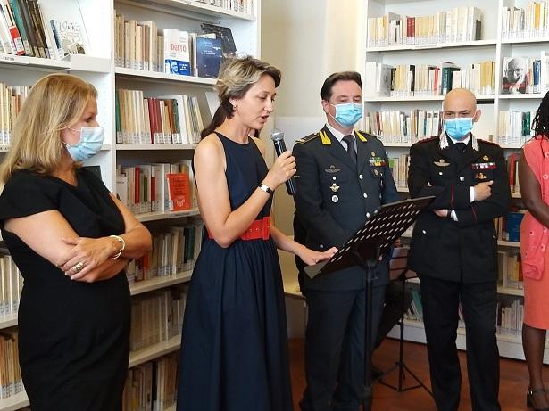 Francia, festa del 14 luglio ridimensionata a causa del coronavirus