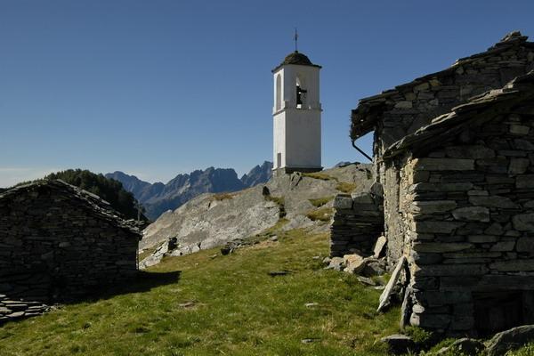 Campanile_Alpe_Cima.jpg