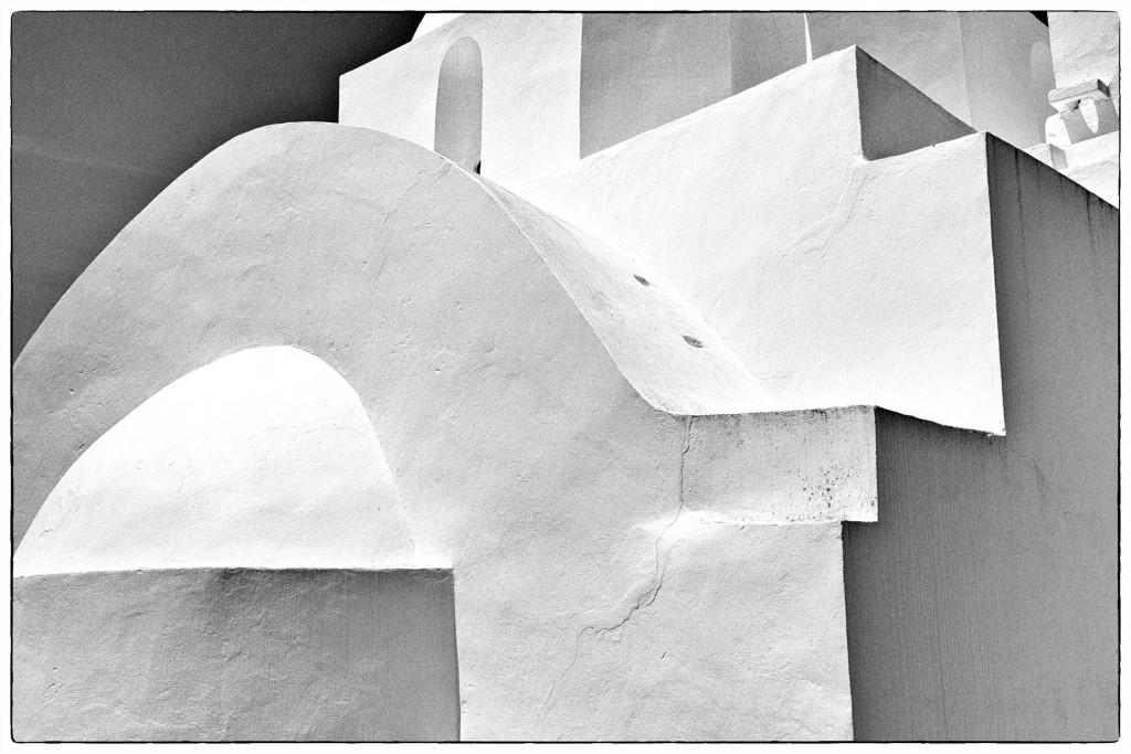 Colin_Dixon._Santorin_abstracti,_Cyclades,_Greece..jpg