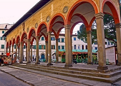 Piazza dei ciompi loggia del pesce for Piazza dei ciompi