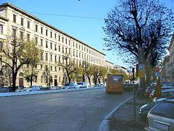 Viale_Spartaco_Lavagnini_(Firenze)_6_-_Copia.JPG