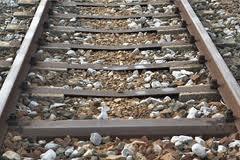 binari_ferroviari.jpg