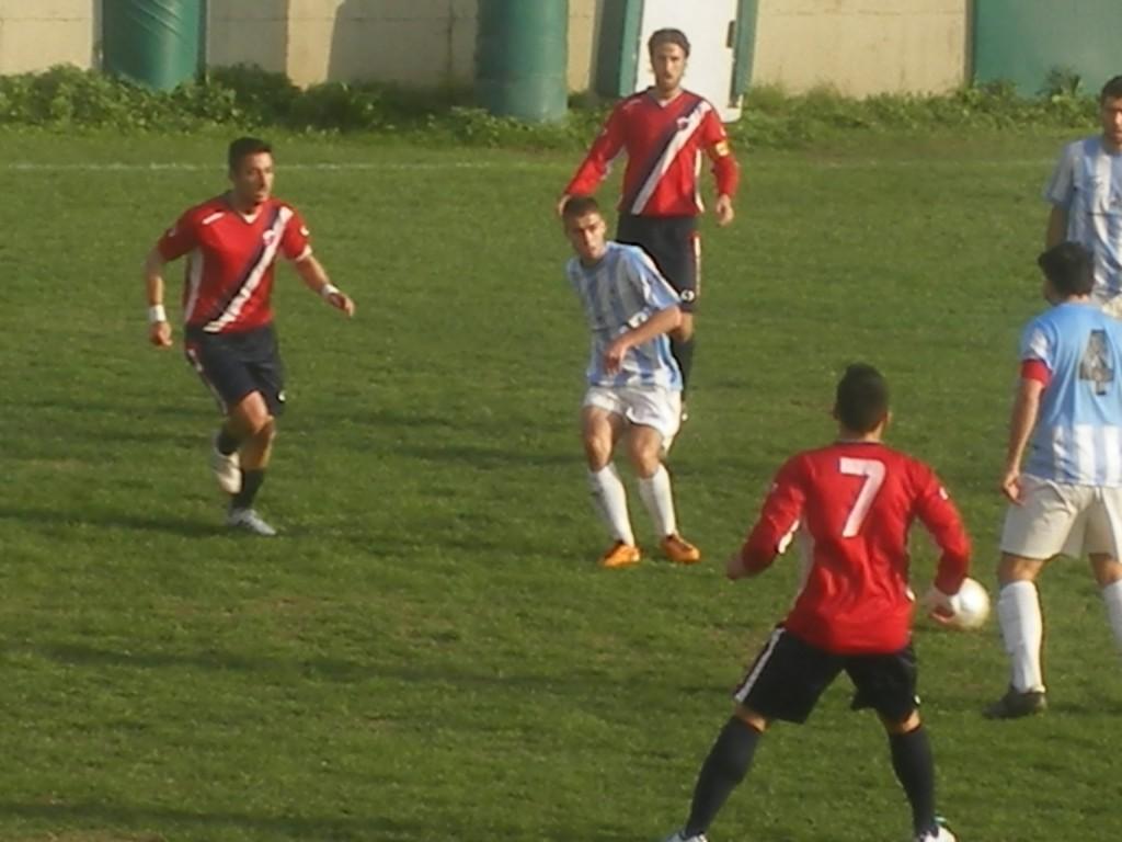 calcio_ovest_passaggio.JPG