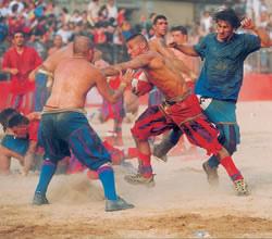 calcio_storico_rossi_azzurri.jpg