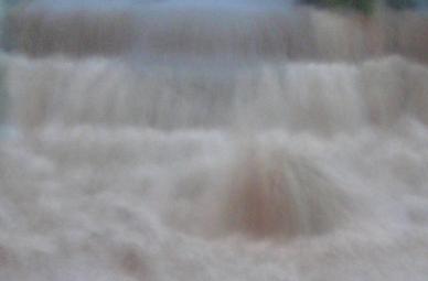 fiume_in_piena_emanuele.JPG