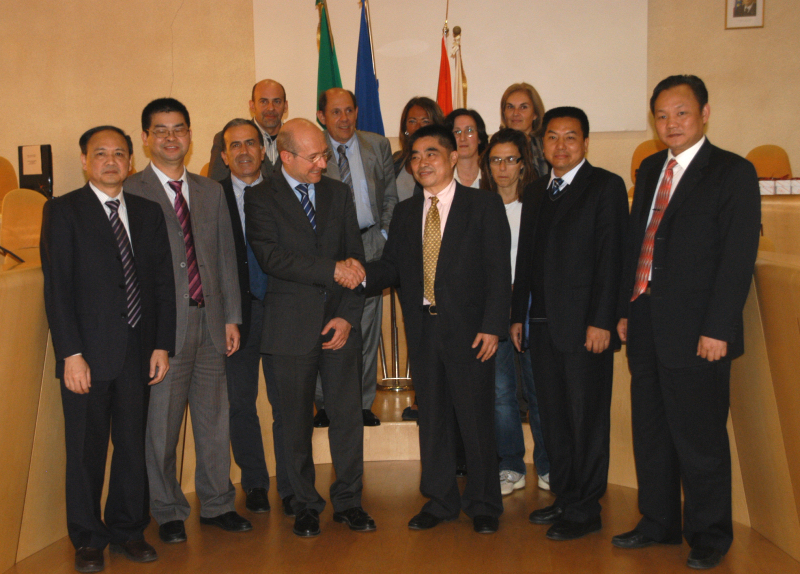 foto_delegazione_cinese.JPG