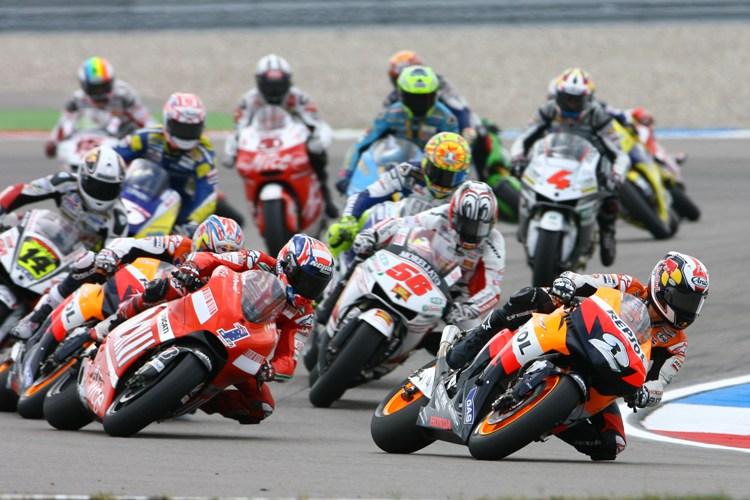 MotoGP, Ultimi biglietti per la tribuna Suzuki a Poggio Secco al Mugello