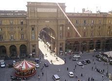 piazza-della-repubblica-firenze.jpg