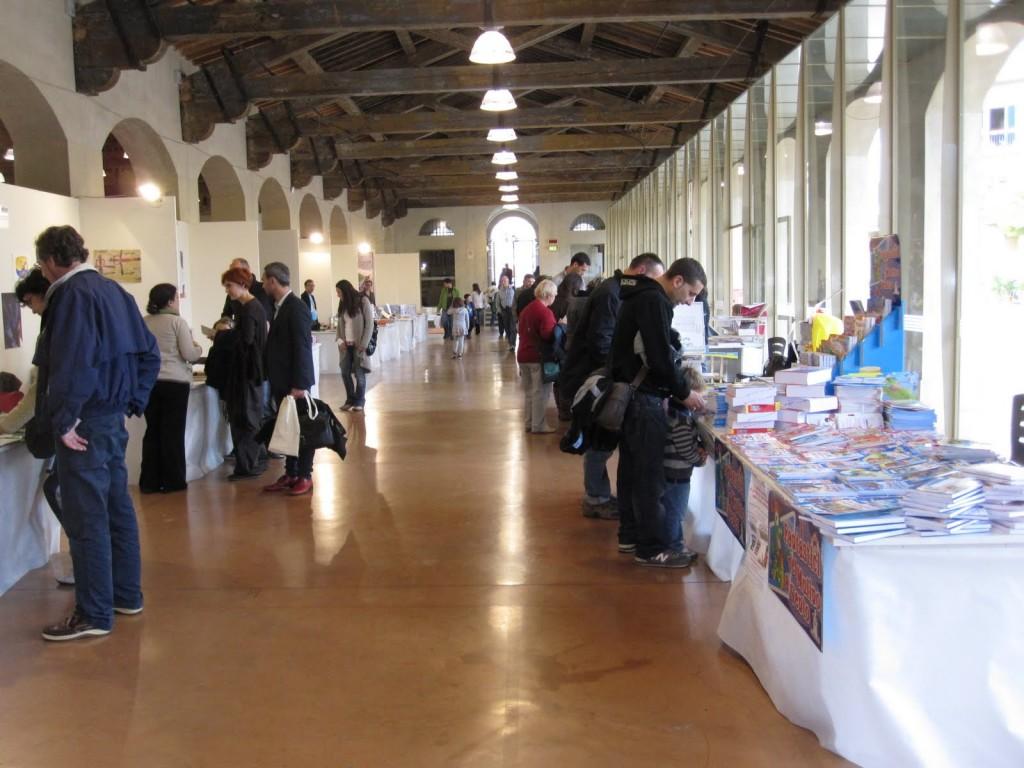 pisa_book_festival.jpg