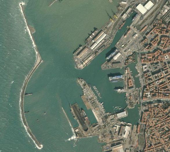 porto-di-livorno_dallalto.png