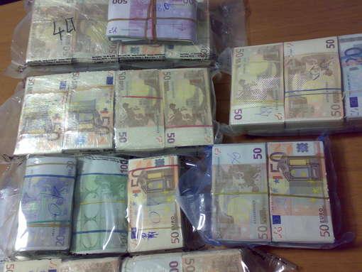 riciclaggio-denaro.jpg