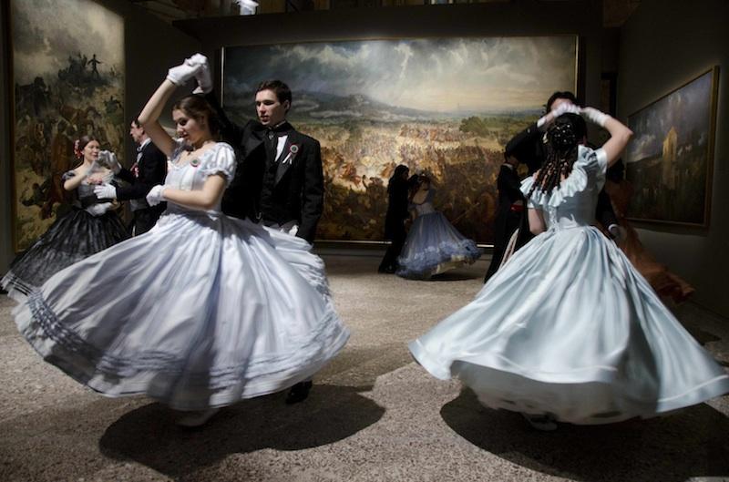società_di_danza.jpg