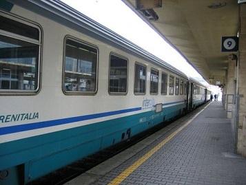 treno_intercity_-_Copia.jpg